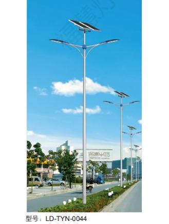 太阳能双臂路灯价格